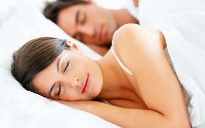 Feng Shui Schlafzimmer einrichten leicht gemacht!Was Du tun kannst, um Dich morgens (wieder) fit wie ein Turnschuh zu fühlen